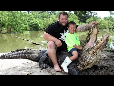 The Five-year-old Alligator Wrangler