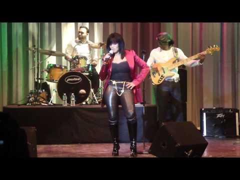 Rebbie Jackson sings Rock with you Live concert at Duke Ellignton