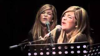 Mariah Carey - All I Want For Christmas is You - live by Caroline Costa