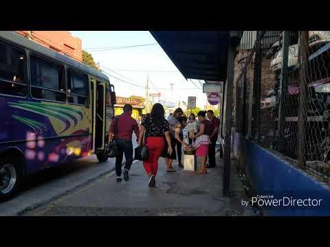 Otro día en las calles de El Salvador