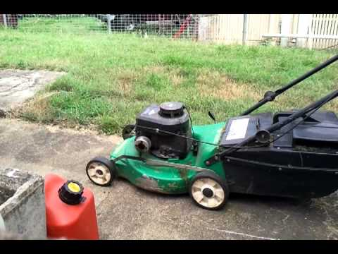 poor old briggs and stratton mower blow up
