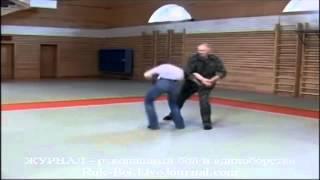 #10 Защита от удара ножом brazilian jiu-jitsu techniques джиу джитсу приемы на улице, видео урок(10 Защита от удара ножом brazilian jiu-jitsu techniques джиу джитсу приемы на улице, видео урок Защита от удара ножом испол..., 2013-10-14T13:13:35.000Z)