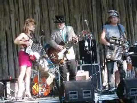 Sharecroppin with Fred Eaglesmith & Washboard Hank 18 Aug 2013
