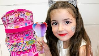 Play with Kids Make Up Toys
