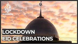 मुसलमान 'ईद अल-फितर की छुट्टी लॉकडाउन के तहत मनाया