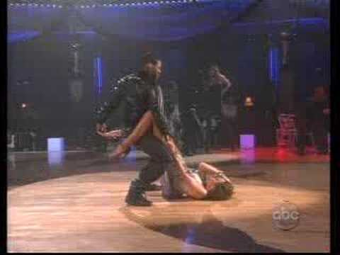Usher - Performing Live - Dancing with The Stars