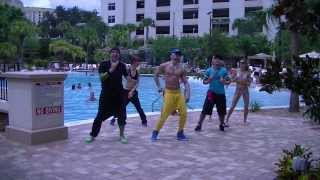 Vivir Mi Vida - Marc Anthony - Salsa Fitness w/ Bradley - Crazy Sock TV