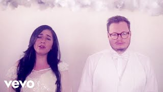 Leonel García, Carla Morrison - Que Lloro (Video Visual) thumbnail
