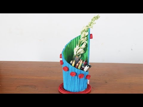 How to make a Newspaper Pen Stand at Home | Crafts with Newspaper | 5 MINUTE CRAFTS VIDEOS