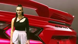 Krásné ženy a krásná auta – to vždy patřilo, patří a vždy bude patřit k sobě!