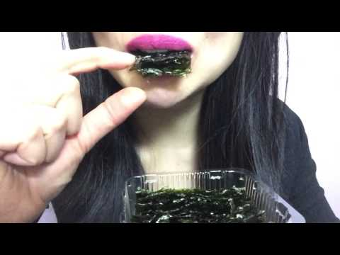 ASMR ROASTED SEAWEED SNACKS SATISFYING CRUNCH (EATING SOUND) NO TALKING | SAS-ASMR