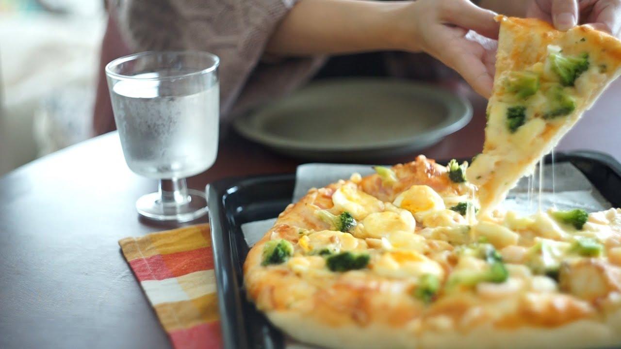 眠れない日はお腹いっぱい食べるに限る / ピザとタコライスを作って食べて寝る