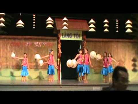 Bức Họa Đồng Quê Tết 2012 Sonoma Vietnamese Association .wmv