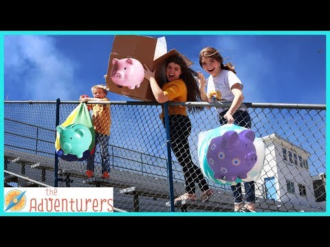 Last One To Break Their Piggy Bank Wins / That YouTub3 Family I The Adventurers