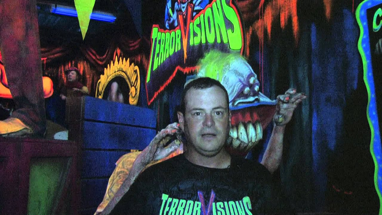 Clowns Haunted House Terror Visions Scariest 3D Haunted Attraction