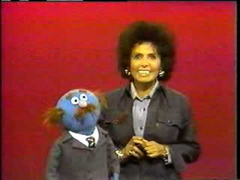 Sesame Street: Lena Horne sings the ABCs!