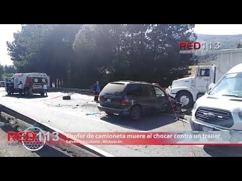 "VIDEO Chofer de camioneta muere al chocar contra un tráiler gasero en la pista ""Siglo XXI"""