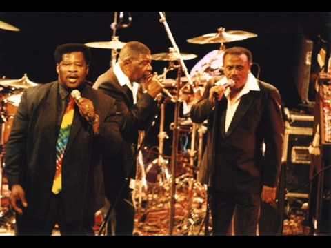 The Persuasions   Little Red Rooster
