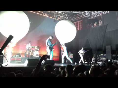 Circa Survive - 1,000 Witnesses (On Letting Go 10 Year Anniversary Tour)