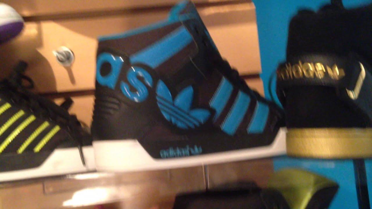 0e7e06e7 ZAPATILLAS adidas Originals DIRECTO DESDE MIAMI showroom BUENOS AIRES CAPITAL  FEDERAL