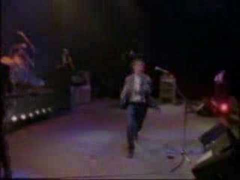 Level 42- The Sun Goes Down- Live At Wembley 1986