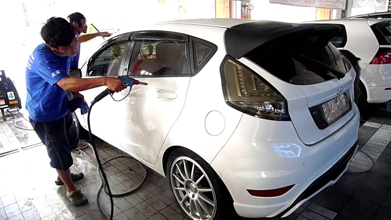 White Brothers Cuci Mobil Di Optima Car Wash YouTube
