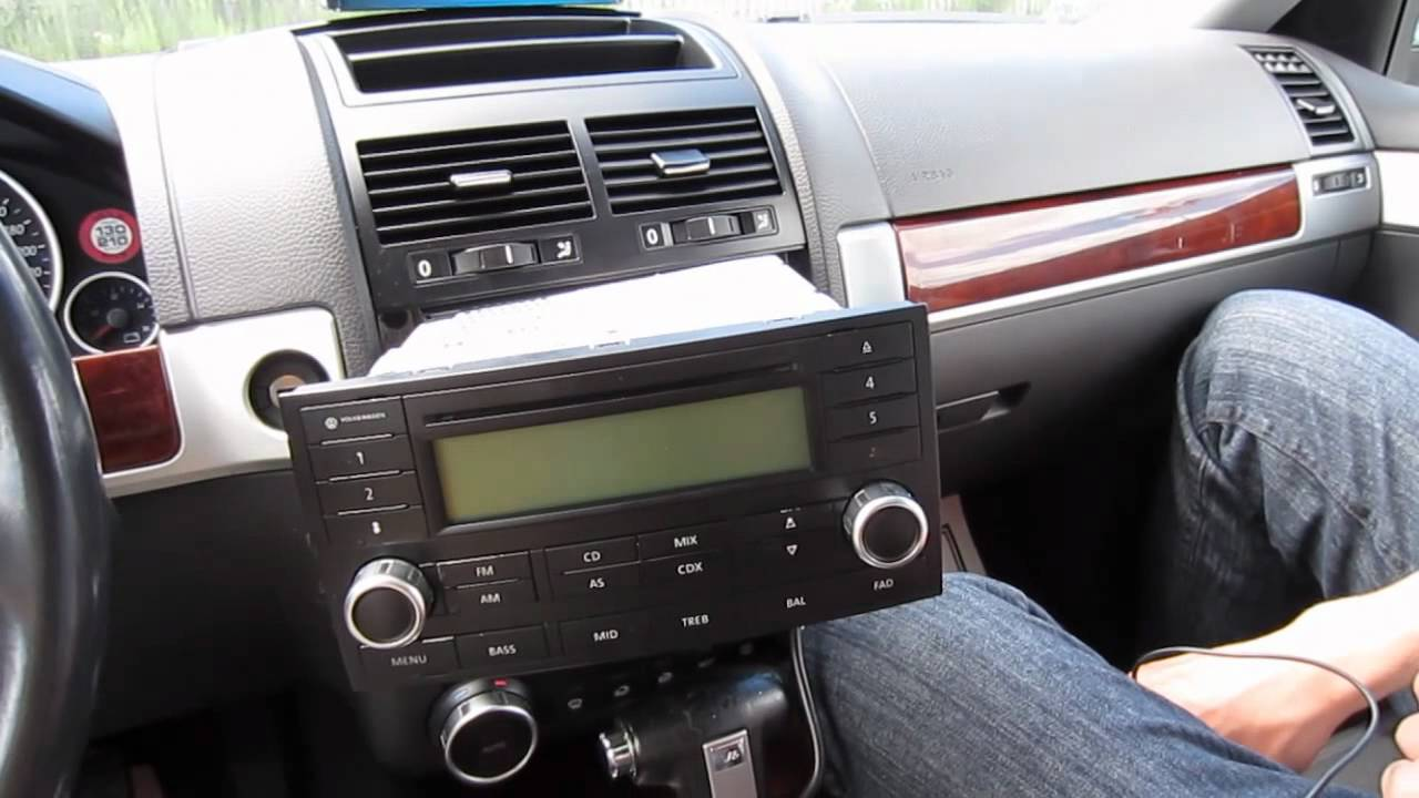 GTA Car Kits  Volkswagen Touareg 20022010 install of iPhone, iPod and AUX for factory stereo
