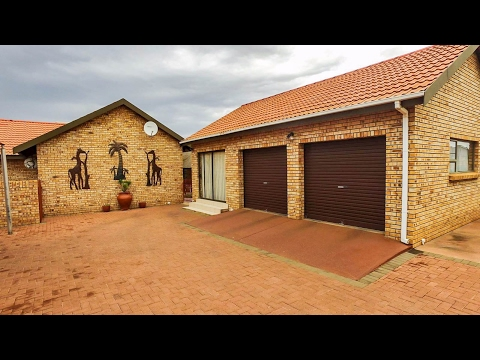 2 Bedroom House for sale in Northern Cape | Kimberley And Diamond Fields | Kimberley |  |