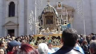 La Madonna di Sovereto esce dalla Cattedrale