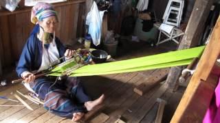 ミャンマー・シャン州のインレー湖でカヤン族(首長族)と出会う