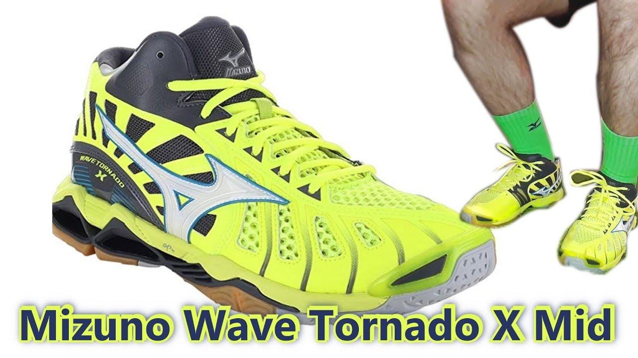 mizuno tornado vs lightning