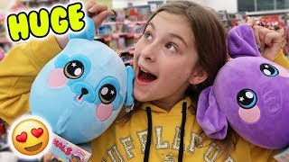 GIANT Squeezamals at Walgreens! PLUS Christmas Squishies! SO AWESOME!!