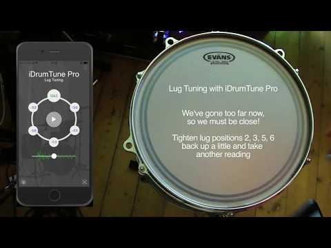Drum tuning with iDrumTune Pro drum tuner app - clearing / equalizing the drumhead (lug tuning)