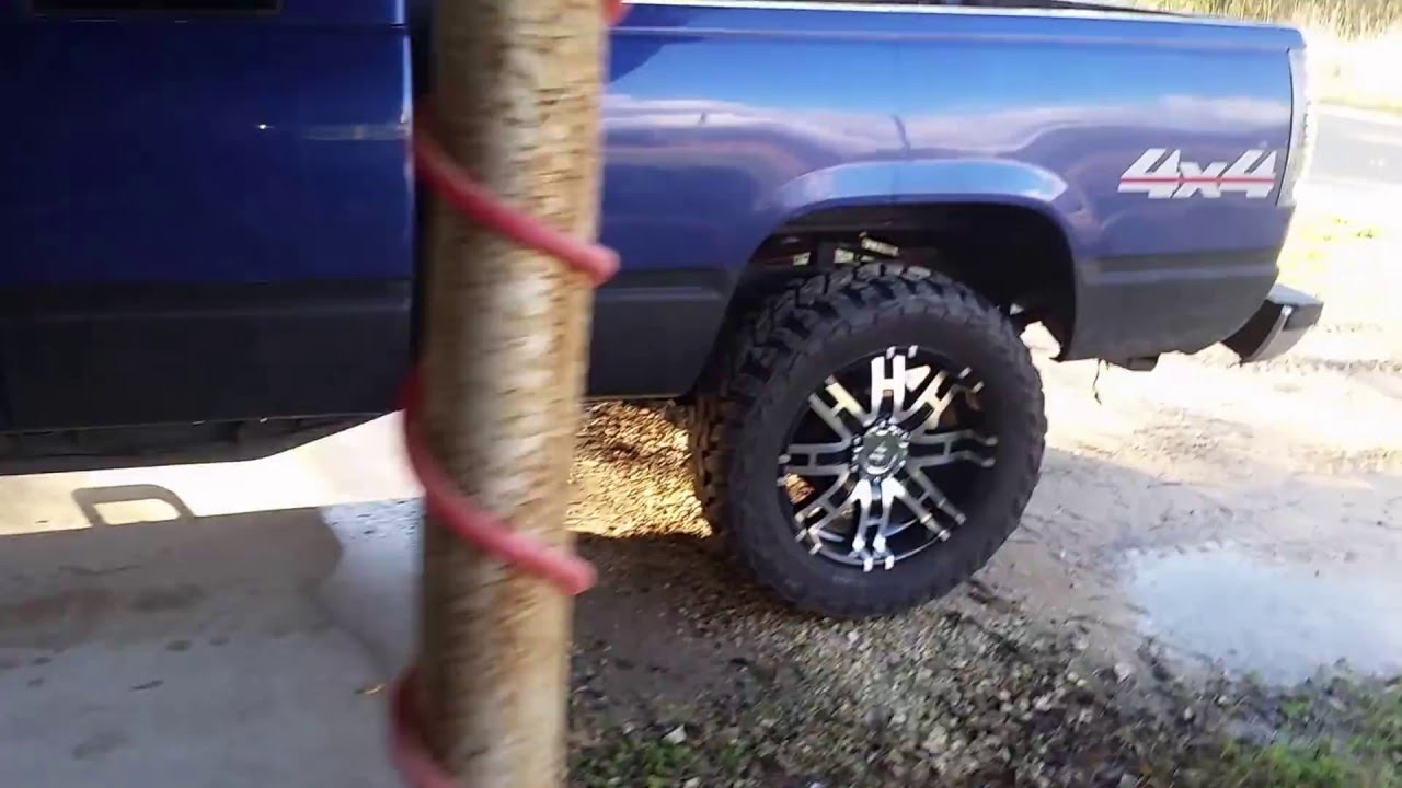 Lifted obs chevy k1500 on 20 inch rims - YouTube