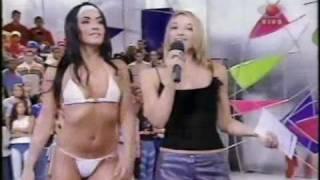 Morenaça e a loiraça Paloma Fiuza, show sensual no SuperPositivo
