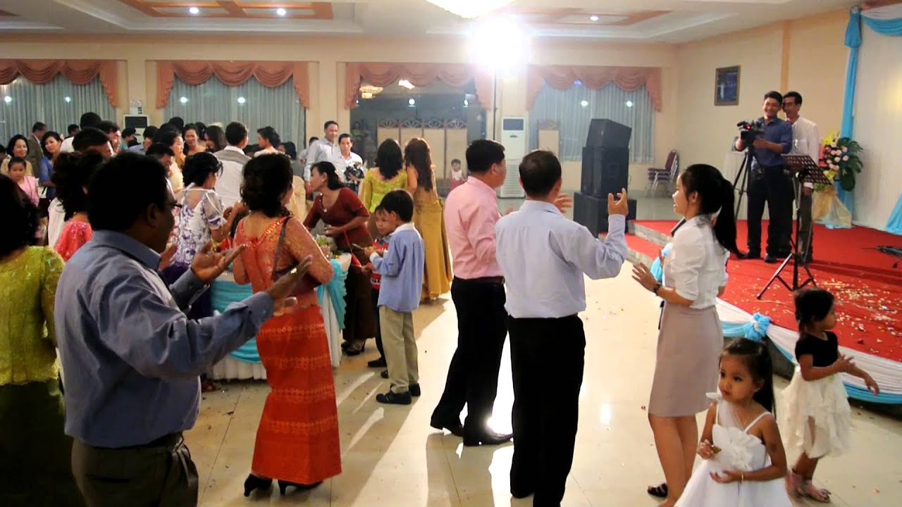 Cambodian Wedding Dance Party