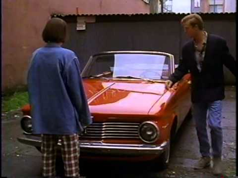 Cary Elwes breaks accent: The Crush 1993