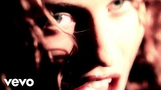 Watch Sheryl Crow Run Baby Run video