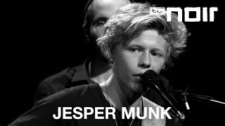 Hungry For Love - JESPER MUNK - tvnoir.de