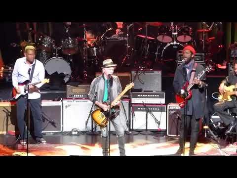 Love Rocks -ft Keith Richards, Steve Jordan, Gary Clark Jr, Ivan Neville ~ Happy  3-15-18 Beacon,