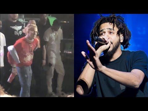 """Lil Pump Dances Next To J. Cole As He Performs '1985' Track.... Crowd Chants """"F**k Lil Pump"""""""