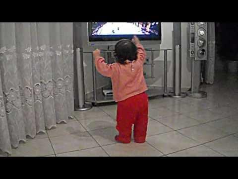 Copia di Melissa e vogel 2011 duke kercyer Genta Ismajli 1 vjeqare - Rita Ora