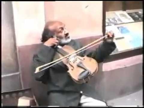 Best Street Violinist: Czardas
