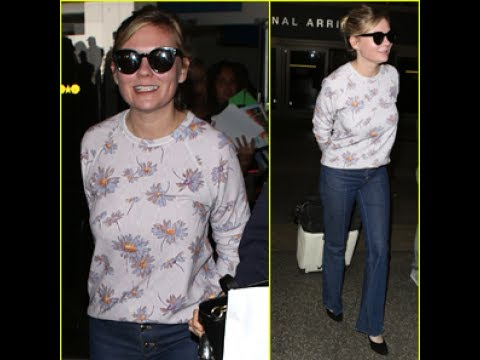 a492aab96 Kirsten Dunst in LAX Airport on Friday afternoon (July 7) in Los Angeles