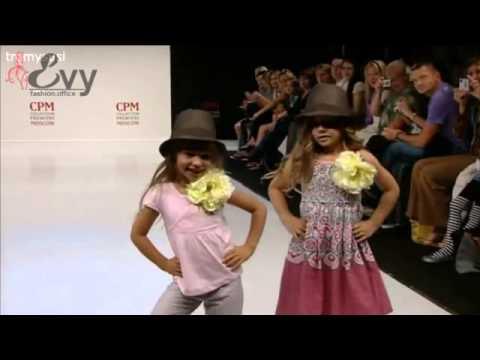Biểu diễn thơi trang trẻ em  - Thời trang công sở Evy