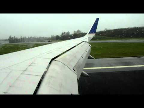 PAE HD VERY RARE Continental Airlines 757-300 Landing Paine Field Everett Boeing