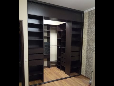 гардеробные для маленьких комнат фото