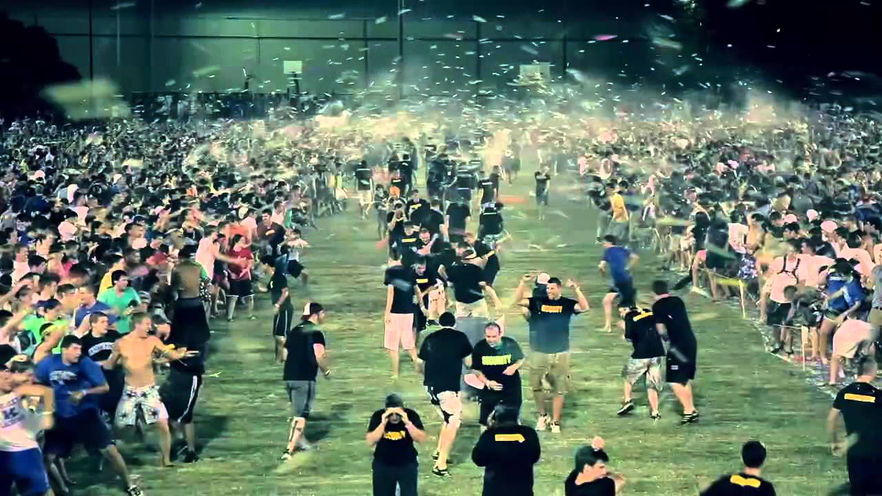 Csf World S Largest Water Balloon Fight 2011 Official