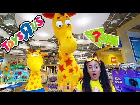 Ellie Finds Toys R Us Missing Treasure