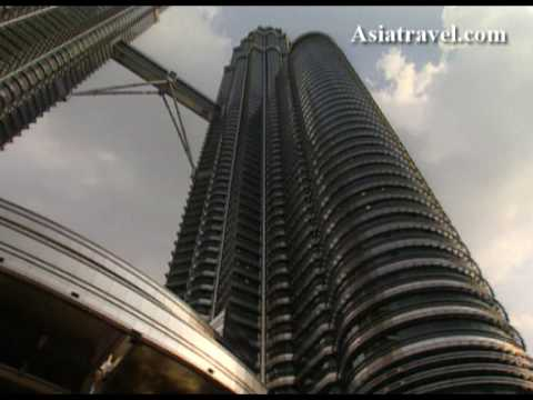 Twin Towers Petronas, Kuala Lumpur by Asiatravel.com